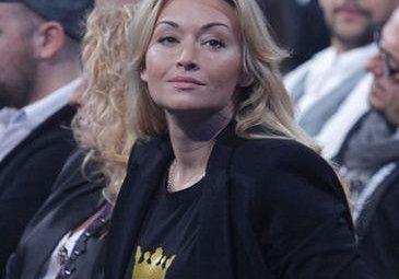 Wojciechowska nadal samotna
