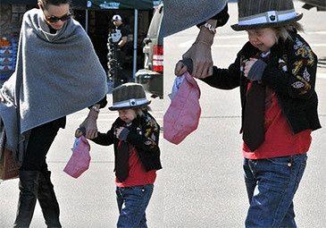 """Angelina: """"Shiloh chce być chłopcem"""""""