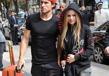 Avril Lavigne BIŁA SIĘ W KLUBIE! (FOTO)