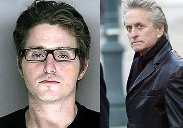 Syn Douglasa BRUTALNIE POBITY w więzieniu!