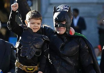Mały Batman RATUJE San Francisco!