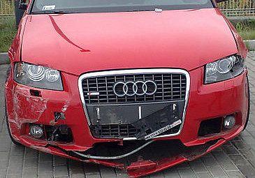 Rozbite Audi Mroczka! (ZDJĘCIA)