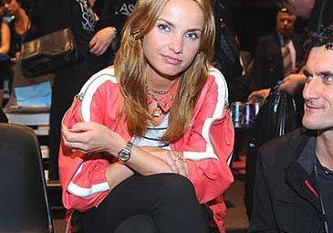 Teodorska nosi biżuterię za 130 tysięcy!