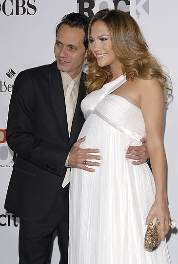 Jennifer urodziła!