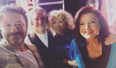 "Podekscytowany Andrzej Piaseczny na planie ""The Voice Senior"""