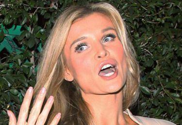 """Joanna Krupa chce mieć dziecko z nowym facetem? """"Może za rok będzie jakieś MAŁE TUTAJ TEN"""""""