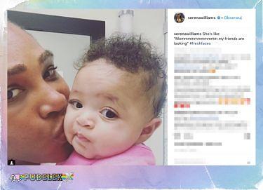 Serena Williams całuje córeczkę