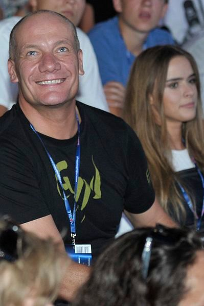 Piotr Zelt z partnerką