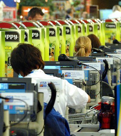 Kasy w sklepach zwykle stoją puste. Sprawdziliśmy, która sieć ma najwięcej otwartych i dostępnych kas