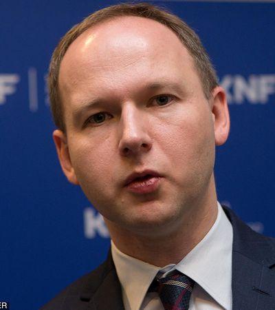 Gazeta Wyborcza: szef KNF chciał 40 mln zł łapówki. Propozycja padła podczas rozmowy z Leszkiem Czarneckim