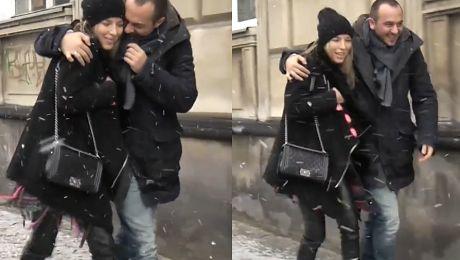 Mąż ratuje Chodakowską przed upadkiem WIDEO
