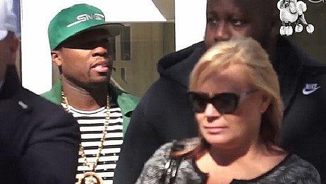 50 Cent wychodzi z restauracji