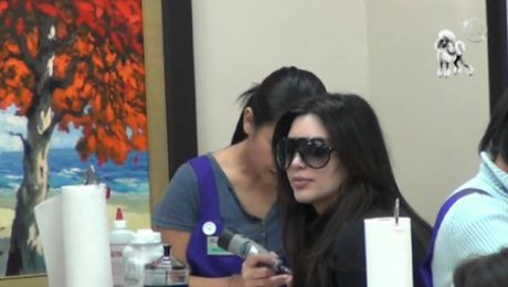 Kim Kardashian u pedicurzystki