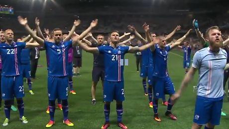 Islandczycy świętują na boisku zwycięstwo z Anglią