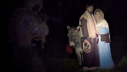 Kontrowersyjna kampania społeczna Maria Józef Jezus Oni też byli uchodźcami