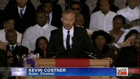 Wzruszająca mowa Costnera na pogrzebie Houston