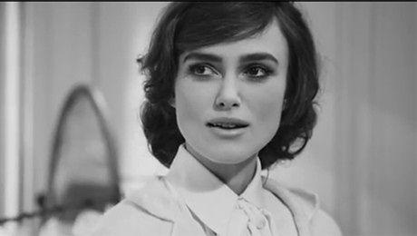 KEIRA GRA COCO CHANEL w filmie Lagerfelda
