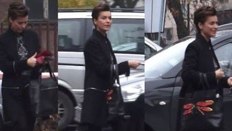 Danuta Stenka płaci za parking