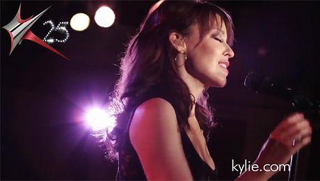 Kylie Minogue w wersji akustycznej