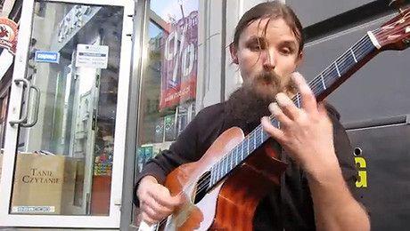 NAJLEPSZY uliczny gitarzysta świata jest Polakiem