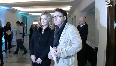 Monika i Zbyszek pozują na premierze