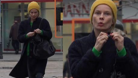 Magda Cielecka na spacerze