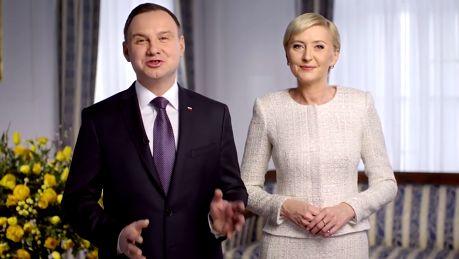 Para prezydencka składa wielkanocne życzenia Życzymy aby ten czas UMOCNIŁ WIĘZI w naszych domach