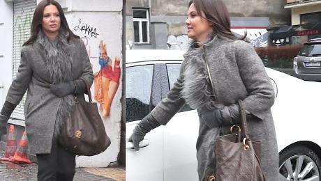 bce68862dcb1d Rusin wychodzi z pracy z torebką Louis Vuitton