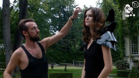Kasia Struss jako dziewczyna Bonda