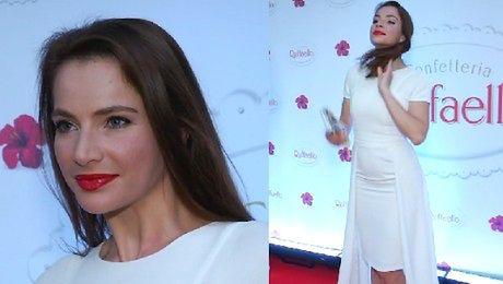 Dereszowska w białej sukni