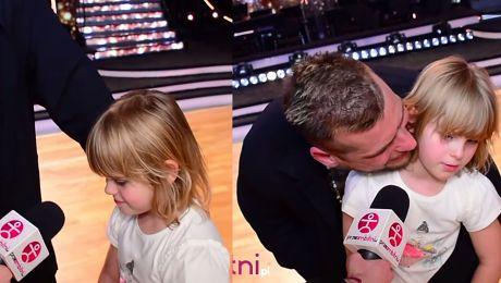 Popek śpiewa z 8 letnią córką Ociepla wizerunek