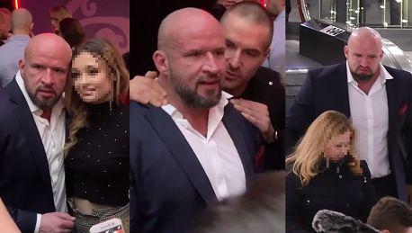 Zniecierpliwiony Oświeciński krzyczy do fanów Kończymy