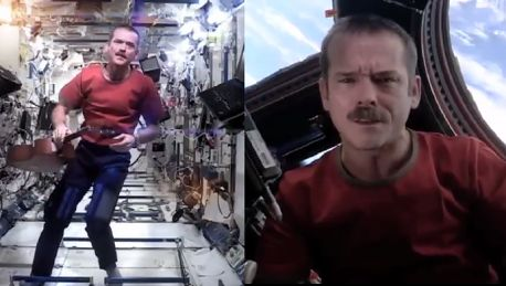 Śpiewający astronauta został gwiazdą Jego teledysk obejrzało 26 milionów osób