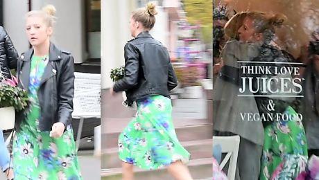 Spóźniona Gessler biegnie po kwiaty dla Jagodzińskiej WIDEO
