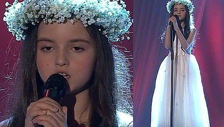 8 latka śpiewa BANG BANG w norweskim Mam Talent