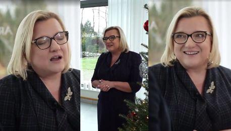 Beata Kempa nie boi się hejtu i śpiewa Lulajże Jezuniu przy choince