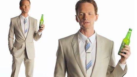 Neil Patrick Harris reklamuje piwo