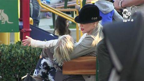 Gwen Stefani z dziećmi na placu zabaw