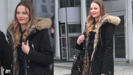 Dziewczyna Królikowskiego pozuje pod TVP