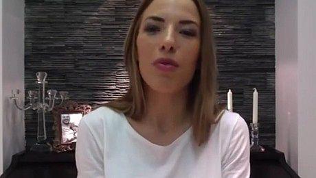 Chodakowska tłumaczy historię swojego Facebooka