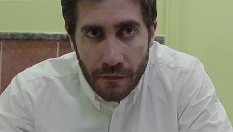 Jake Gyllenhaal w teledysku jako morderca