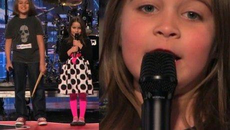 Sześciolatka śpiewa heavy metal