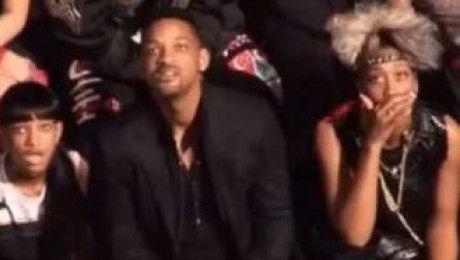 Will Smith z rodziną ZASZOKOWANI występem Lady Gagi