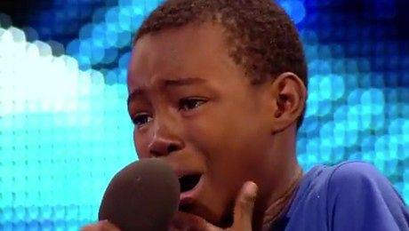 Jurorzy Mam Talent PŁACZĄ podczas występu 9 latka