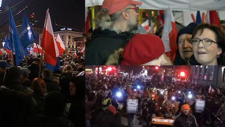 Tak wyglądał marsz KOD w Warszawie WIDEO
