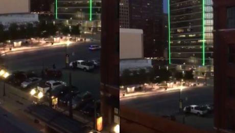 Snajperzy polowali na policjantów w Dallas ZABILI PIĘCIU Mamy nagranie strzelaniny