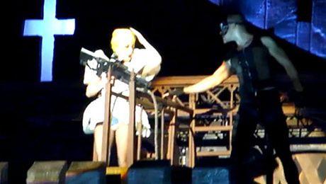 Tancerz uderzył Lady Gagę
