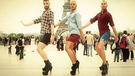 Faceci W SZPILKACH tańczą do hitów Spice Girls