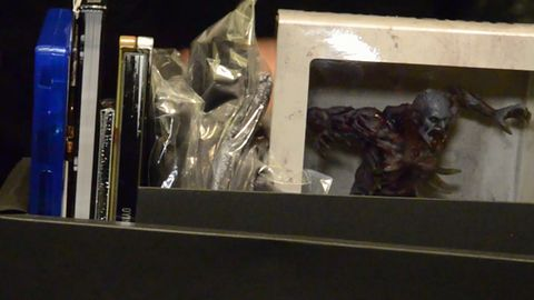 Sprawdzamy, co kryje się we wnętrzu specjalnych edycji Dying Light [WIDEO]