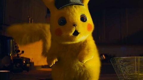 Rozchodniaczek z Pikachu śledzącym marcowe oferty PlayStation Plus oraz Games with Gold